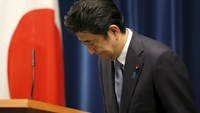 Japan PM expresses 'utmost grief' over war but no apology
