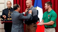 France bestows Legion d'honneur on train shooting heroes