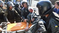 Scores injured in Ukraine parliament grenade attack