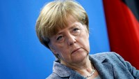 Merkel: Refugee influx will transform Germany