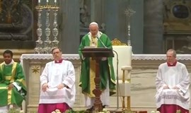 Pope calls for welcoming Church but no gay marriage