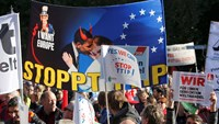 Hundreds of thousands protest in Berlin against EU-US trade deal