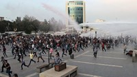 Clashes and mourning after Ankara attacks
