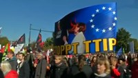 Hundreds protest EU summit