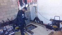 Mexican homes damaged in drug lord El Chapo hunt