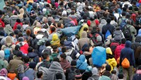Border misery for migrants in Balkans