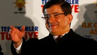 Turkish PM calls for new constitution after election victory