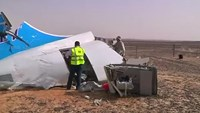Investigators return to Russian plane crash site in Egypt