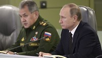Russia strikes IS stronghold Raqa after warning US