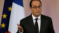 Hollande says France helping to free hostages in Mali