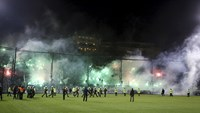 Riot stops Athens soccer derby before it starts