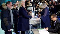 French polls open a month after Paris massacre