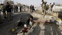 Pakistan explosion kills 10, injures 50