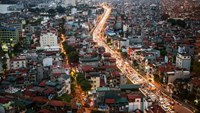Vietnam economic growth quickens on investment, manufacturing