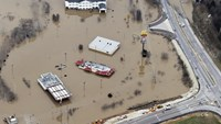 Death toll from Midwest floods hits 24
