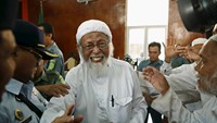 Indonesian radical Muslim appeals to reduce jail term