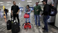 Cuban migrants arrive in U.S. after months in limbo