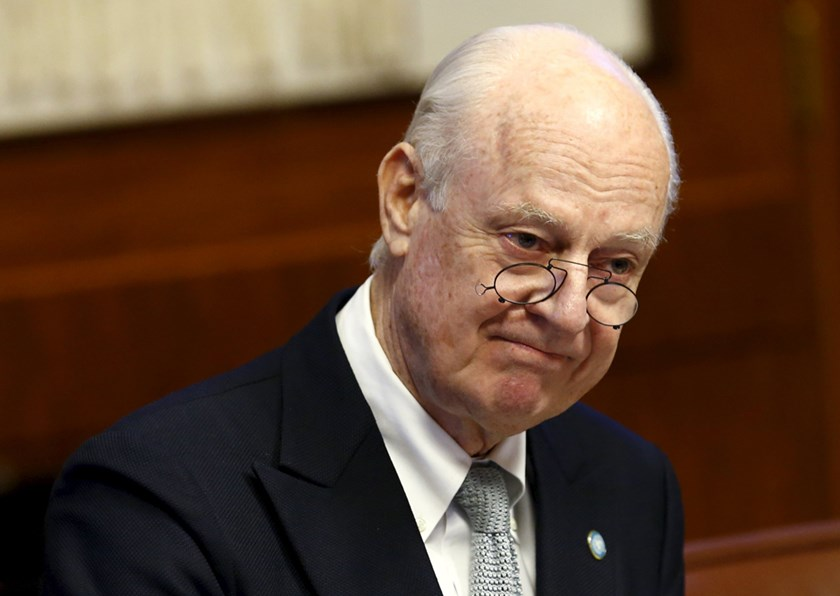 United Nations (U.N.) Special Envoy for Syria Staffan de Mistura attends a meeting on Syria with representatives of the five permanent members of the Security Council (P5) at the United Nations European headquarters in Geneva, Switzerland, January 13, 2016. Photo:Reuters/Denis Balibouse