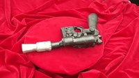 'Star Wars' prop gun set for auction