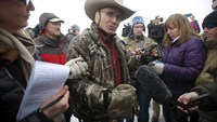 Armed protesters still occupying Oregon land: FBI