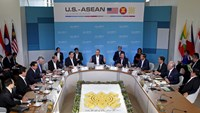 Obama meets ASEAN leaders in California