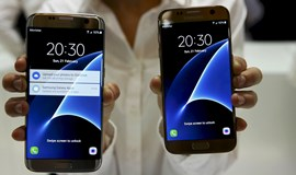 Samsung takes on Apple with new Galaxy S7