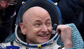 Record space mission leaves astronaut sore