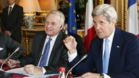 Syria peace talks set to struggle despite foreign pressure