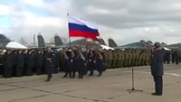 Russia gives returning pilots heroes' welcome
