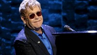 Elton John hit with sexual harassment lawsuit