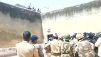 Indian troops deployed to quell prison riot