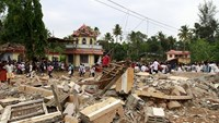 Witnesses recount deadly Indian temple fire