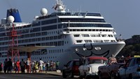U.S. cruise ship makes historic visit to Cuba