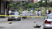 Four suspected bomb makers killed in blast in Turkey: sources