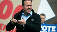 Cameron says economic security better for UK in EU