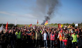 Signs of recovery despite French strikes