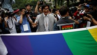 South Koreans march for gay pride