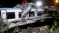 Twenty killed, dozens injured as trains collide in Italy