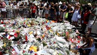 Panic for U.S. families after Nice attack