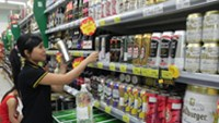 Competition heats up Vietnam's beer guzzling market