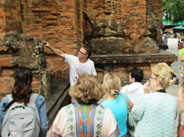 Lack of tour guides is a result of dismal management