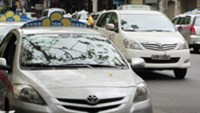 Vietnam ministry aims to tighten control over taxis with new rules