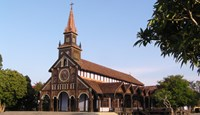 Vietnam's iconic churches