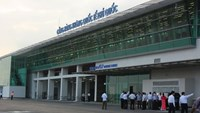 Vietnam plans to sell operating rights for airports