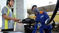 Vietnam's fuel retail prices rebound, following environment tax hikes