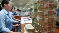 Central bank orders lenders to sell bad debts by September