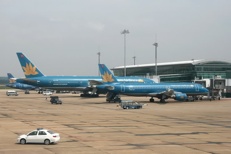 French group ADP wants to invest in Vietnam's airport management firm