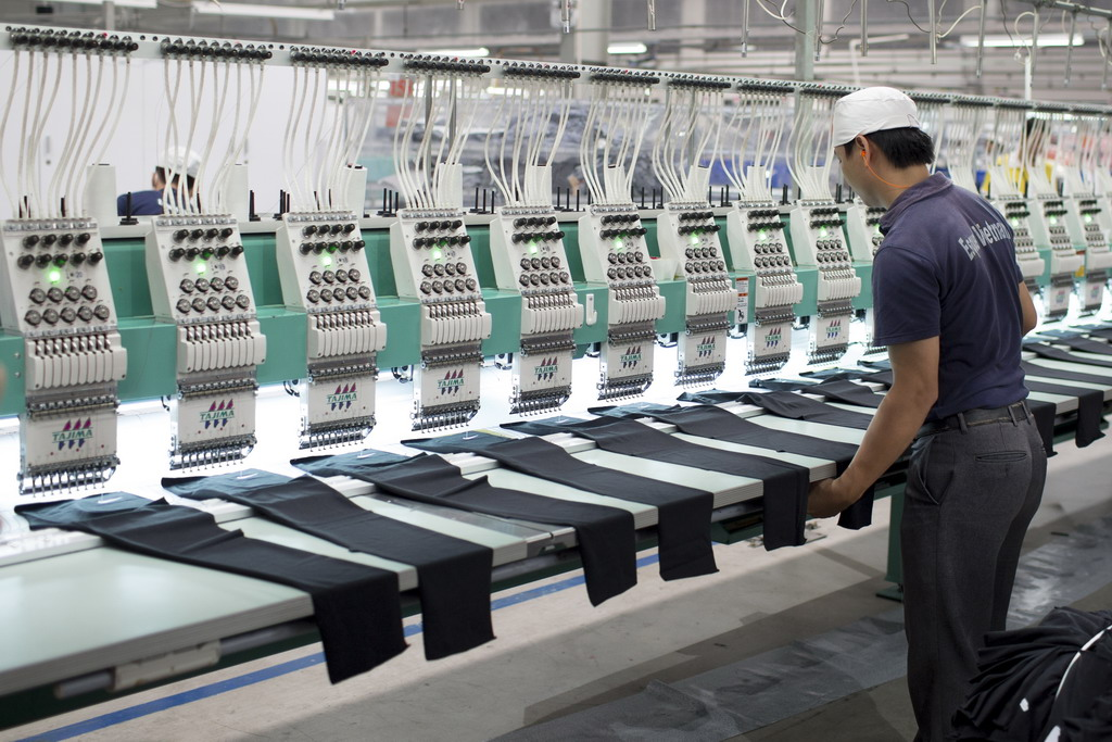 Foreign Investors Eye Vietnam S Textile Industry Ahead Of