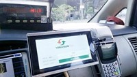 Hanoi taxi firms race to launch mobile apps as Uber, GrabTaxi thrive