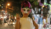 Vietnamese kids dress up for Halloween